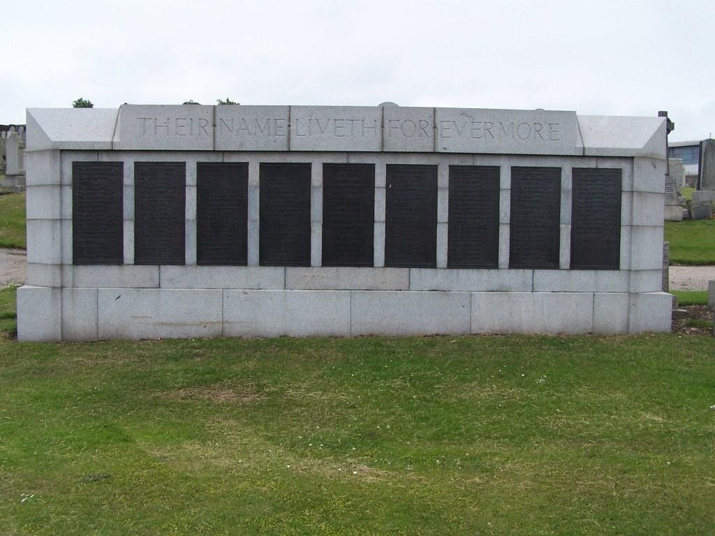 ABERDEEN (TRINITY) CEMETERY - CWGC