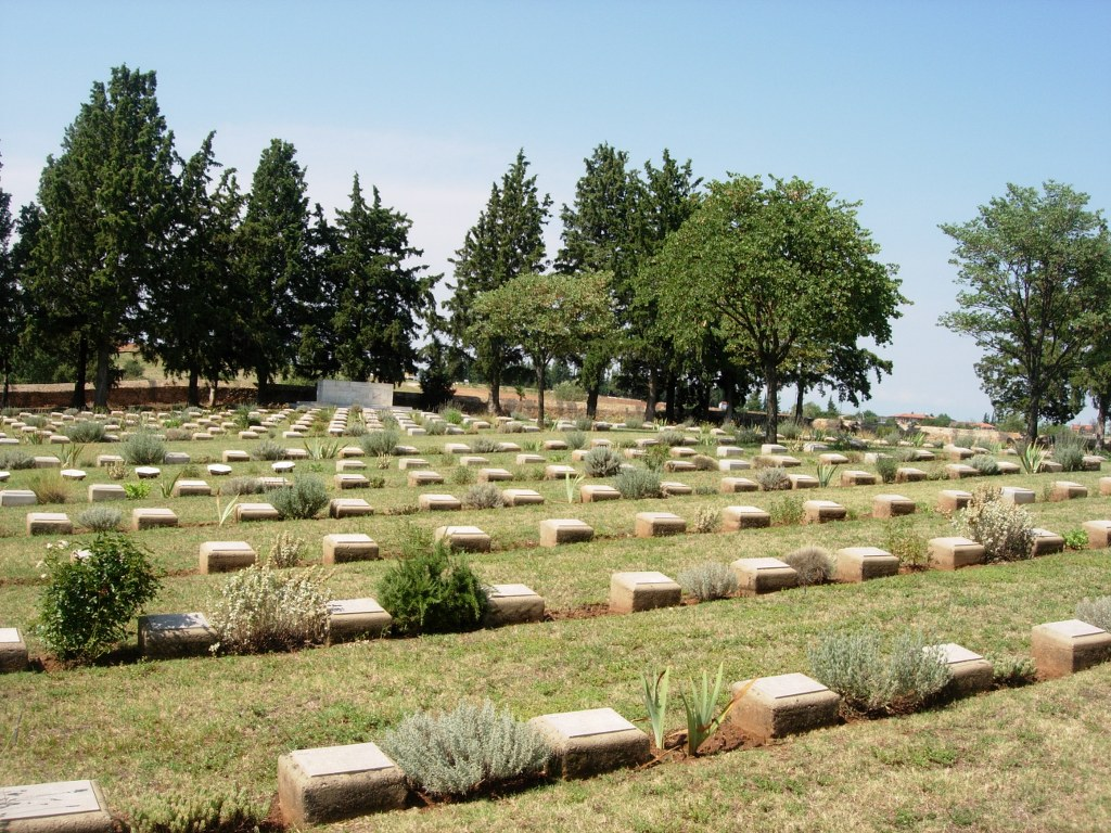 SARIGOL MILITARY CEMETERY, KRISTON - CWGC