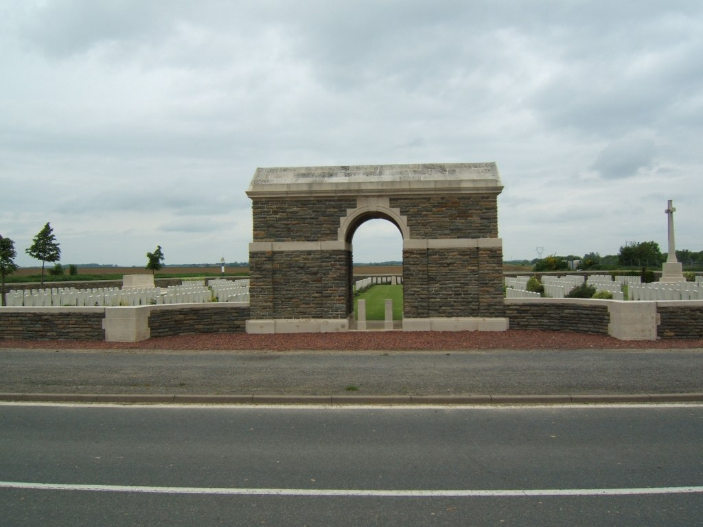 ASSEVILLERS NEW BRITISH CEMETERY - CWGC