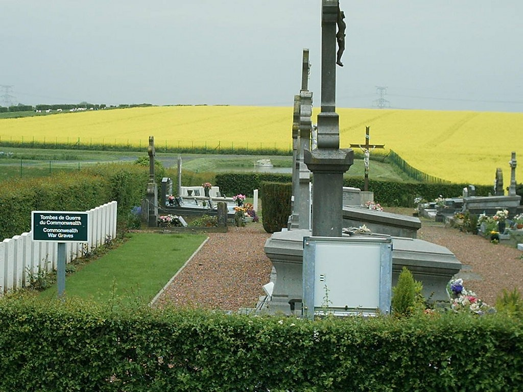 OVILLERS NEW COMMUNAL CEMETERY, SOLESMES - CWGC