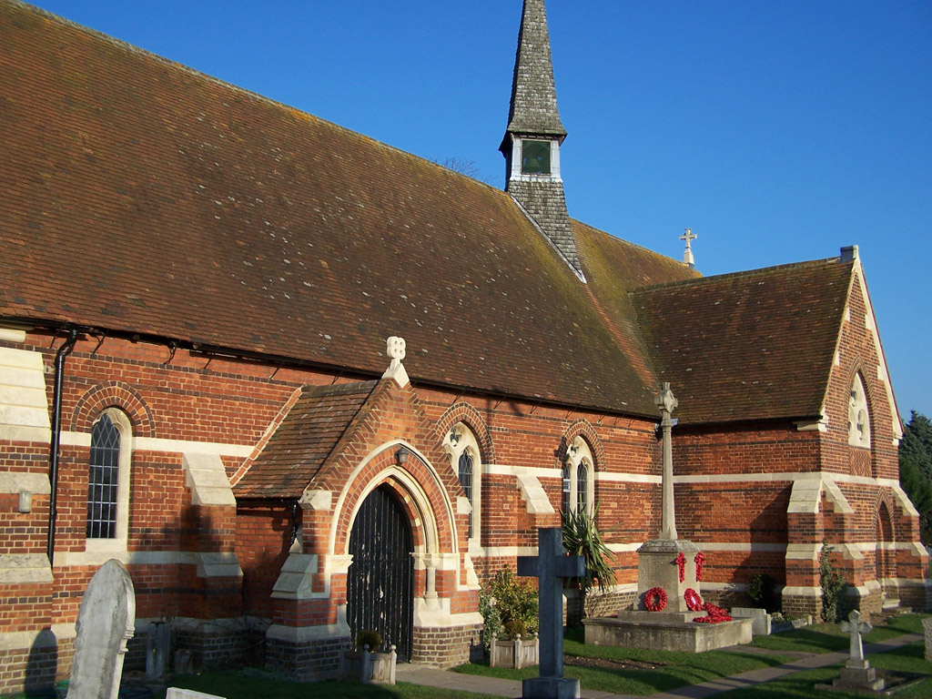 ETON WICK (ST. JOHN THE BAPTIST) CHURCHYARD - CWGC