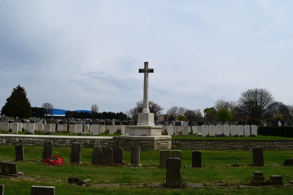 LEYTONSTONE (ST. PATRICK'S) ROMAN CATHOLIC CEMETERY - CWGC