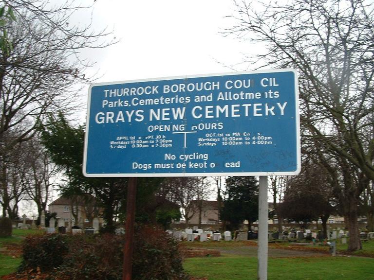 GRAYS NEW CEMETERY - CWGC