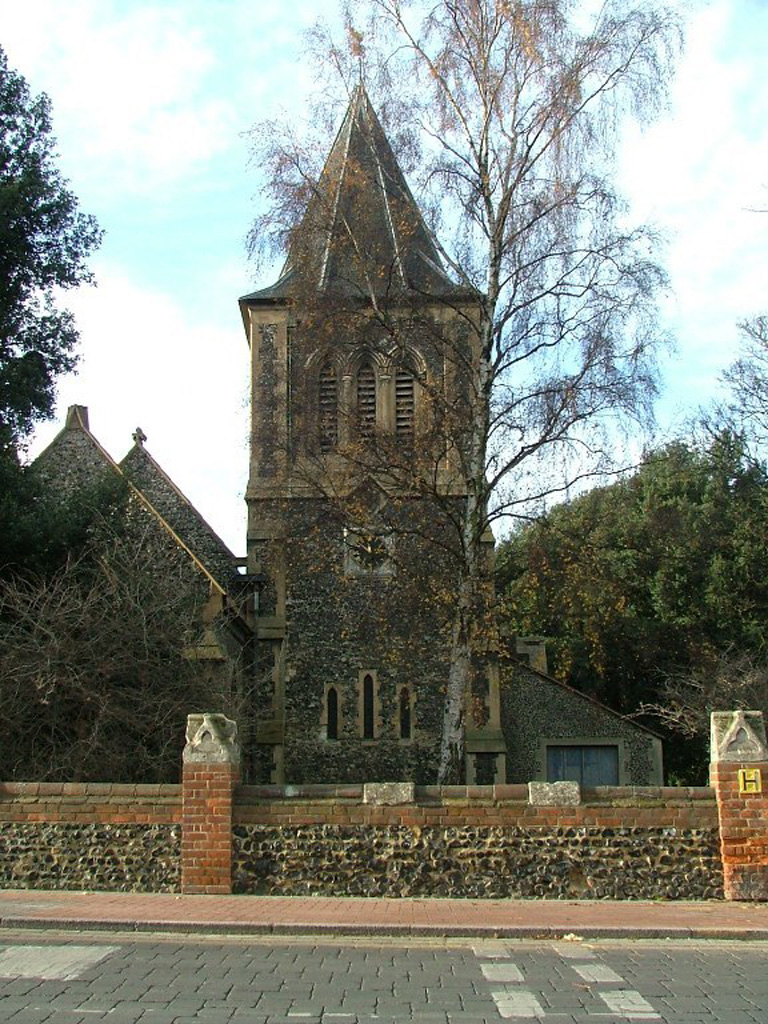 GRAYS (SS. PETER AND PAUL) CHURCH CEMETERY - CWGC