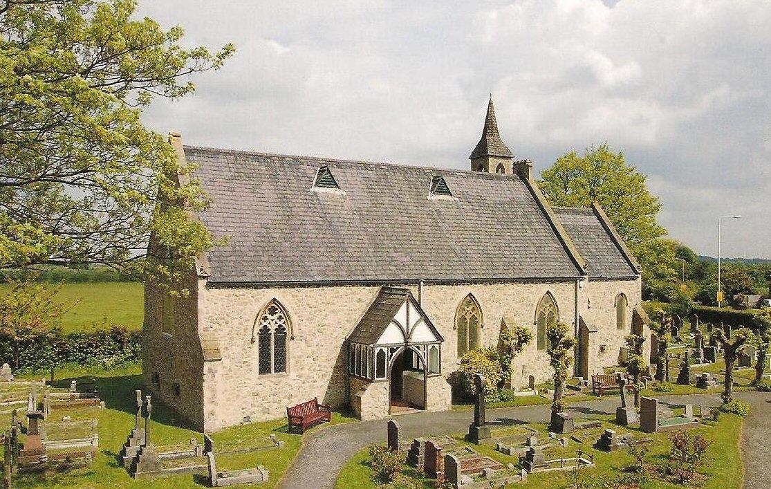 ALDBOROUGH HATCH (ST. PETER) CHURCHYARD - CWGC