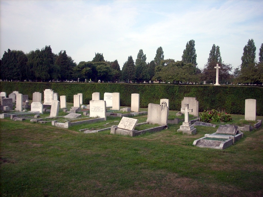 SOUTHEND-ON-SEA (SUTTON ROAD) CEMETERY - CWGC