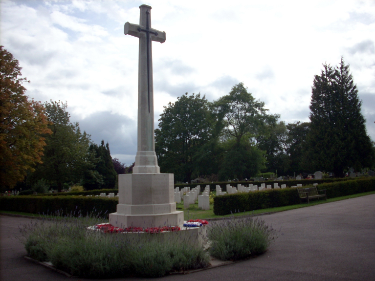 ST. ALBANS (HATFIELD ROAD) CEMETERY - CWGC