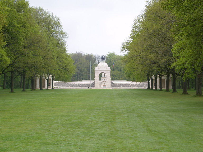 THE SOUTH AFRICA (DELVILLE WOOD) NATIONAL MEMORIAL - CWGC