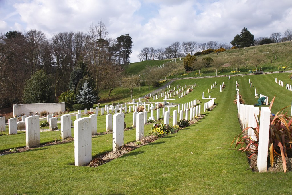 SHORNCLIFFE MILITARY CEMETERY - CWGC