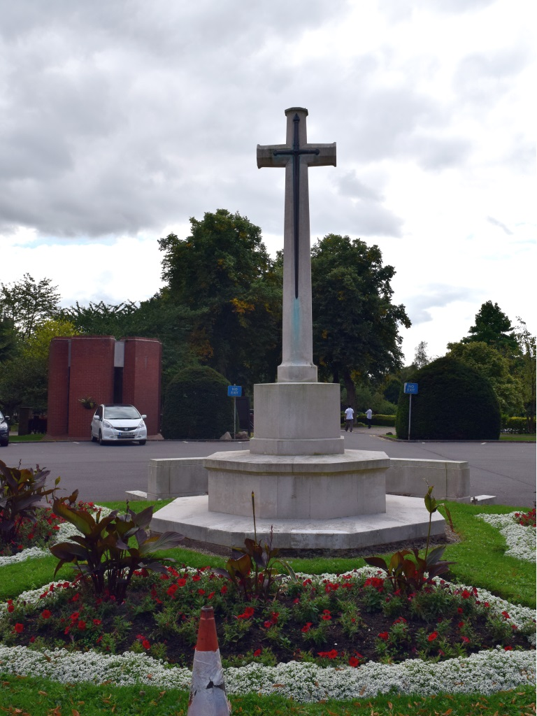 LEICESTER (GILROES) CEMETERY - CWGC