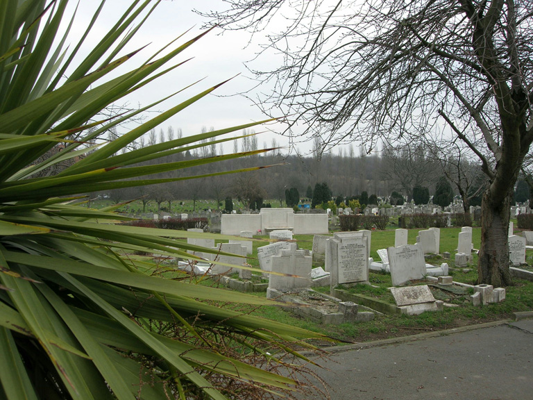 HITHER GREEN CEMETERY - CWGC