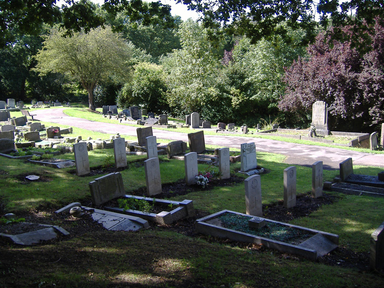 ENFIELD (LAVENDER HILL) CEMETERY - CWGC