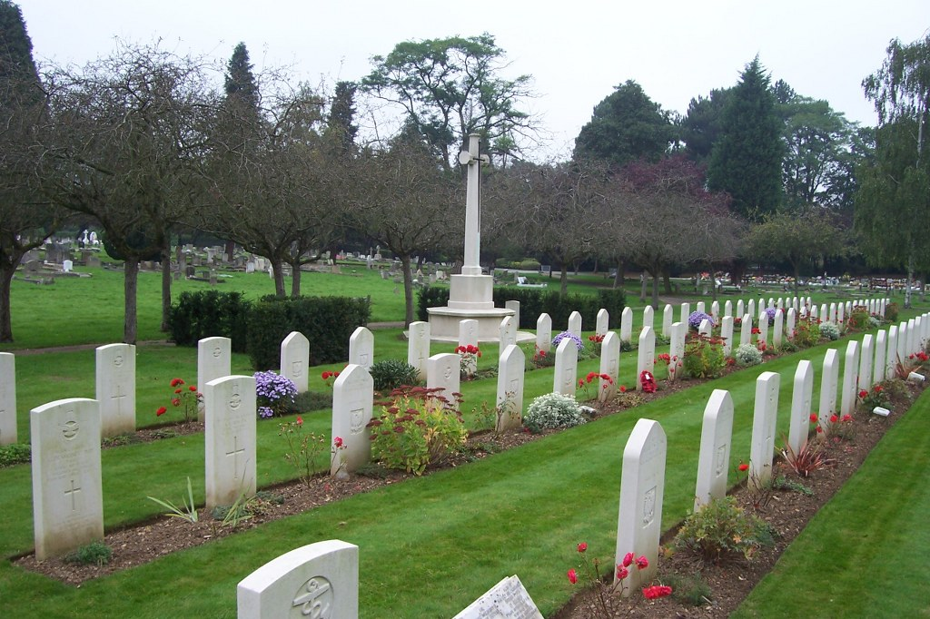 NORTHWOOD CEMETERY - CWGC