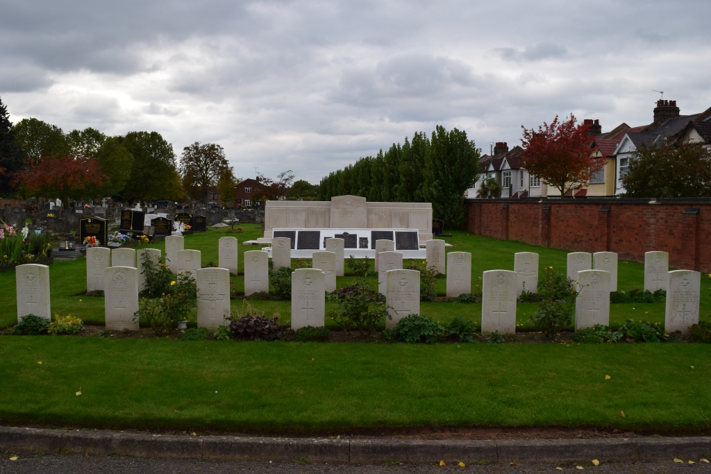 WILLESDEN NEW CEMETERY - CWGC