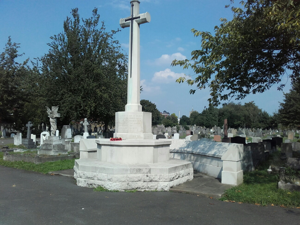 CHISWICK OLD CEMETERY - CWGC