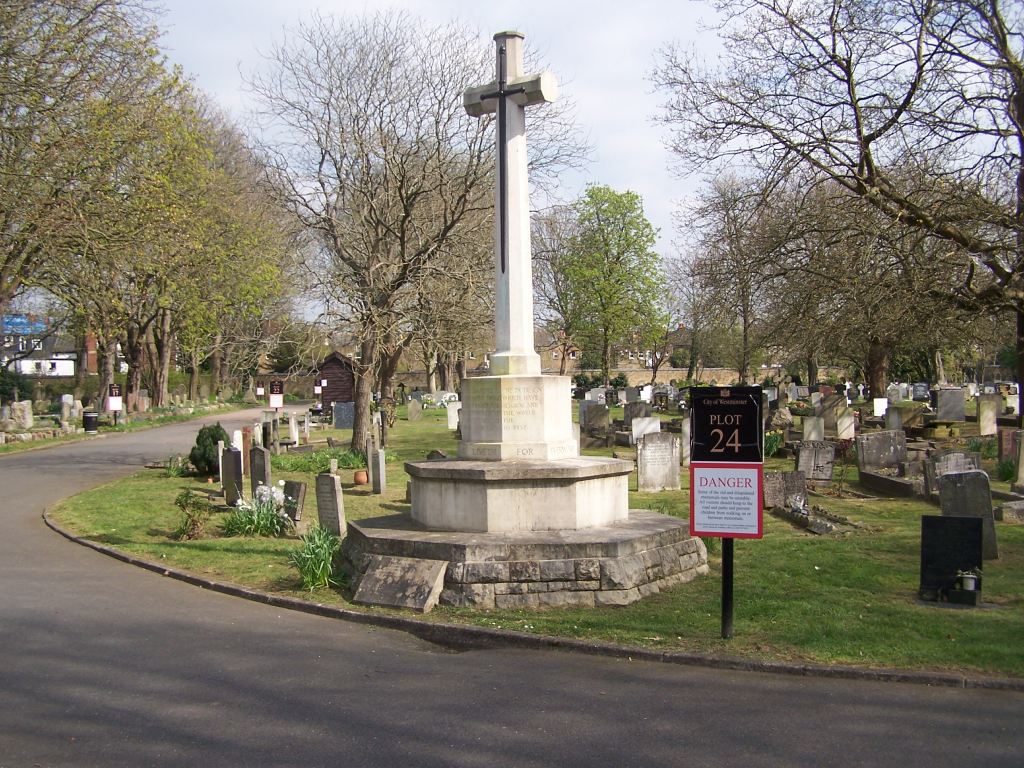 HANWELL (CITY OF WESTMINSTER) CEMETERY - CWGC