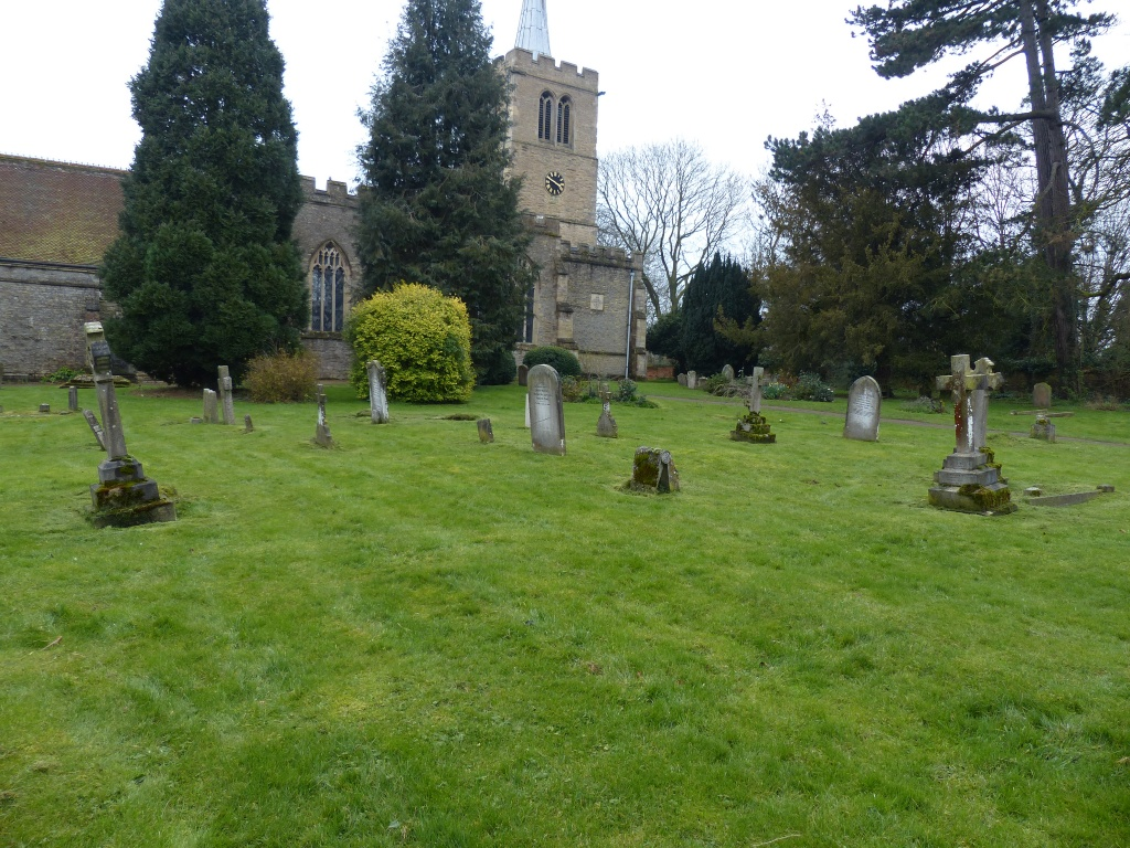 WOOTTON (ST. MARY) CHURCHYARD AND EXTENSION, BEDFORDSHIRE - CWGC