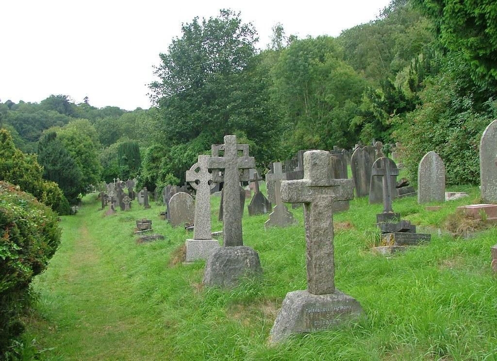 BATHWICK (ST. MARY THE VIRGIN) CHURCHYARD - CWGC