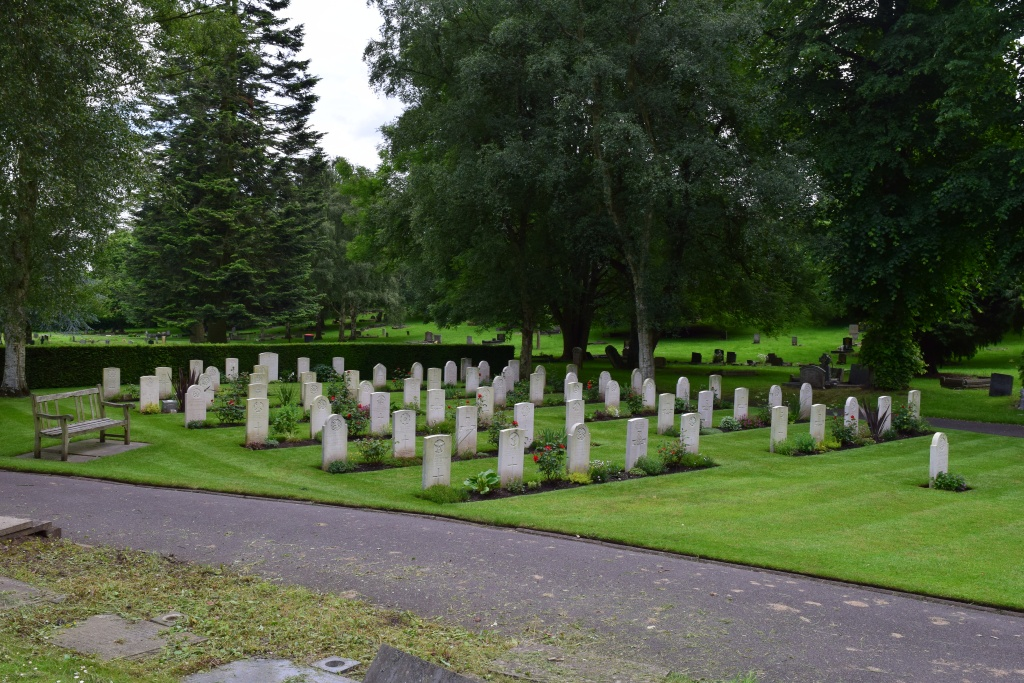 WOLVERHAMPTON BOROUGH CEMETERY - CWGC