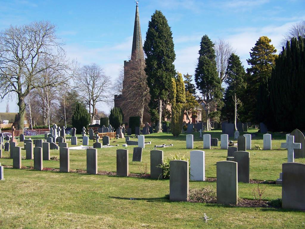 WHITTINGTON (ST. GILES) CHURCHYARD - CWGC