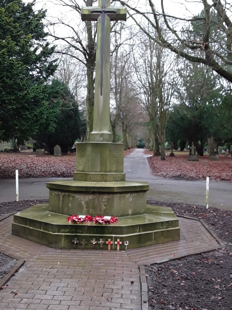 NEWCASTLE-UNDER-LYME CEMETERY - CWGC