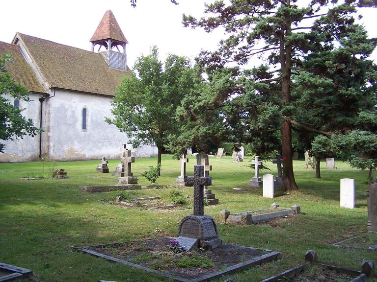 FARLEIGH (ST. MARY) CHURCHYARD - CWGC