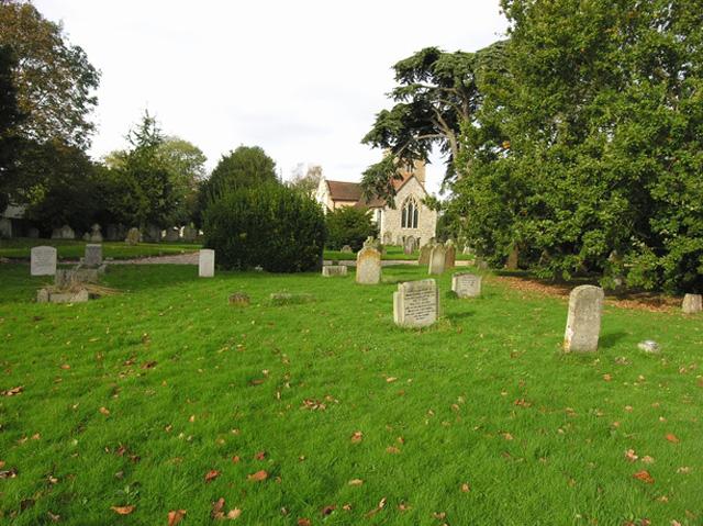 ALDINGBOURNE (ST. MARY) CHURCHYARD - CWGC