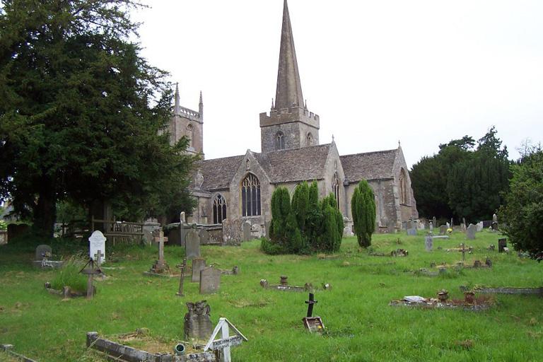 PURTON (ST. MARY) CHURCHYARD - CWGC