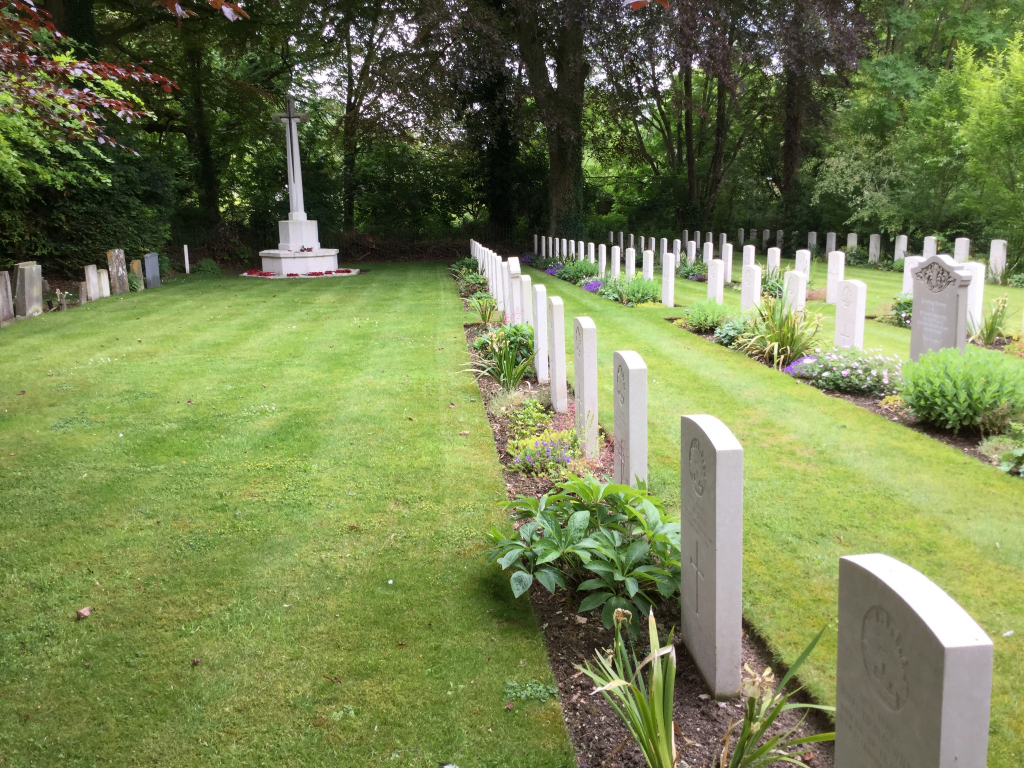 CODFORD ST. MARY (ST. MARY) NEW CHURCHYARD - CWGC