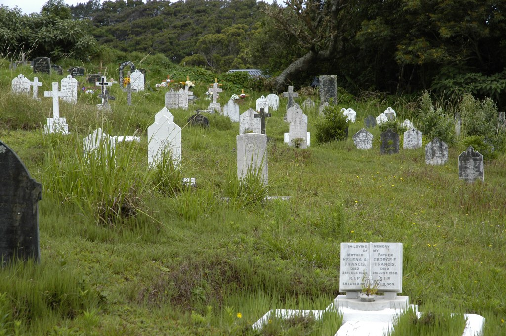 ST. HELENA (ST. PAUL) CATHEDRAL CHURCHYARD - CWGC