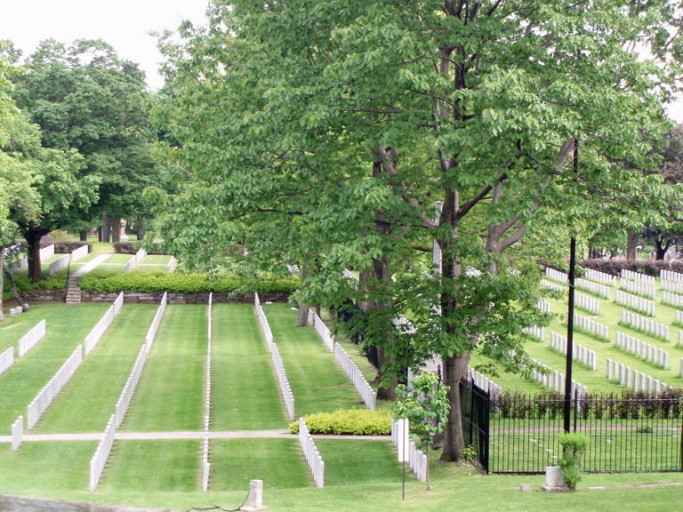 MONTREAL (MOUNT ROYAL) CEMETERY - CWGC