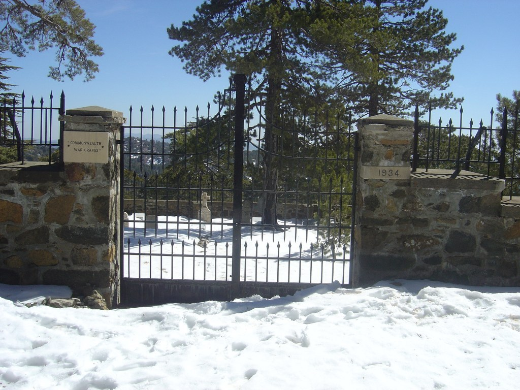 TROODOS MILITARY CEMETERY - CWGC