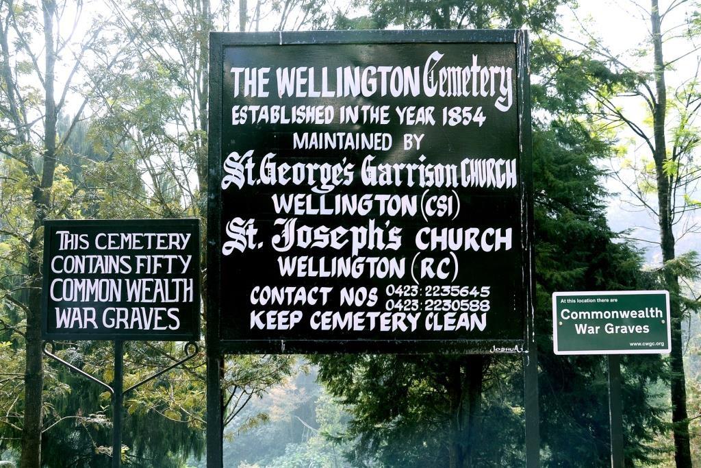 WELLINGTON GARRISON CEMETERY - CWGC