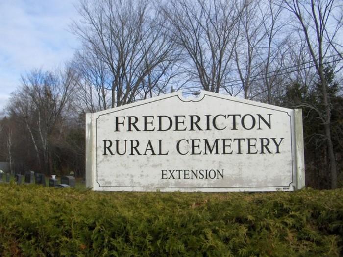 FREDERICTON RURAL CEMETERY EXTENSION - CWGC