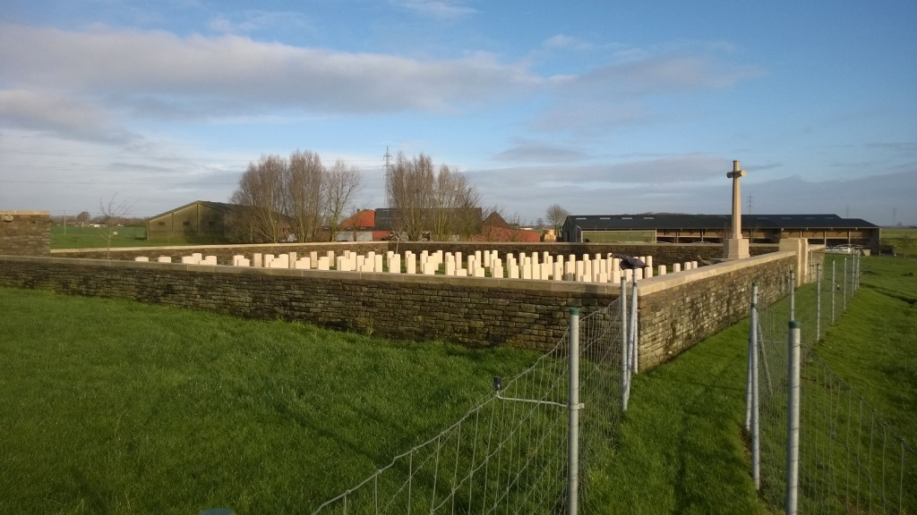 TORREKEN FARM CEMETERY NO.1 - CWGC