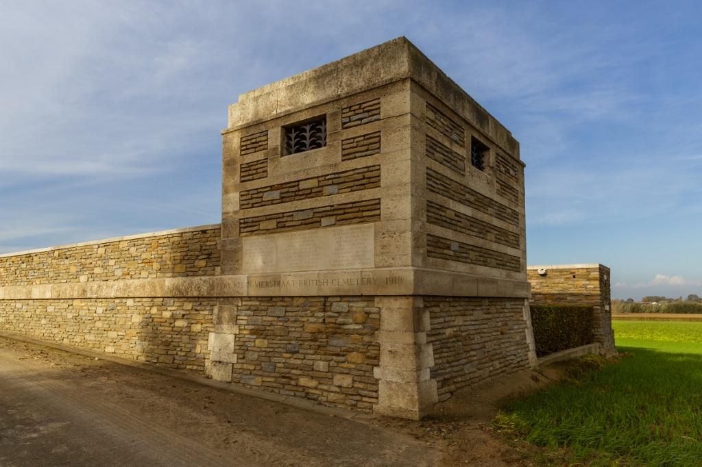KLEIN-VIERSTRAAT BRITISH CEMETERY - CWGC