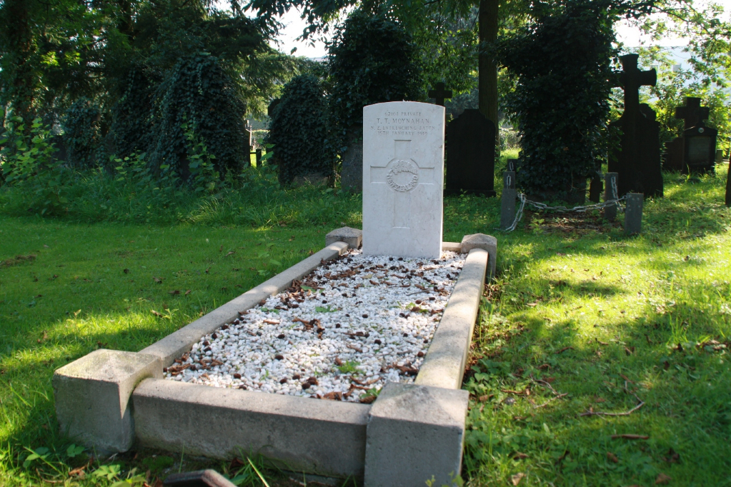 ENSCHEDE ROMAN CATHOLIC CEMETERY - CWGC
