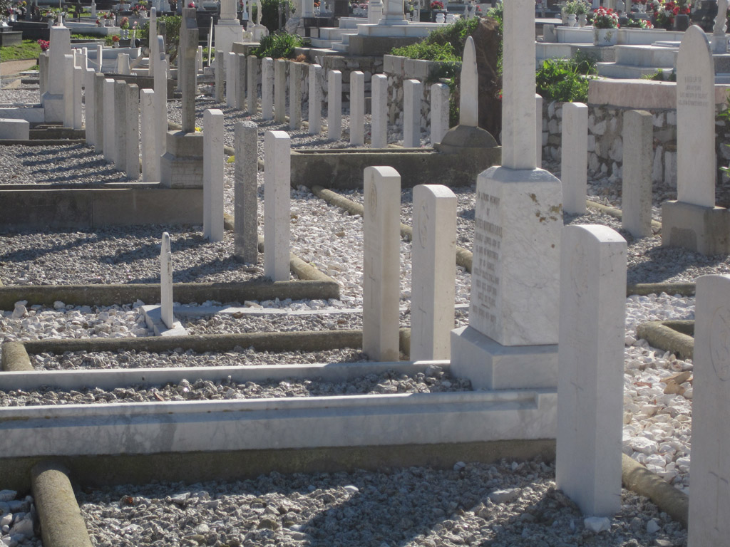 GIBRALTAR (NORTH FRONT) CEMETERY - CWGC