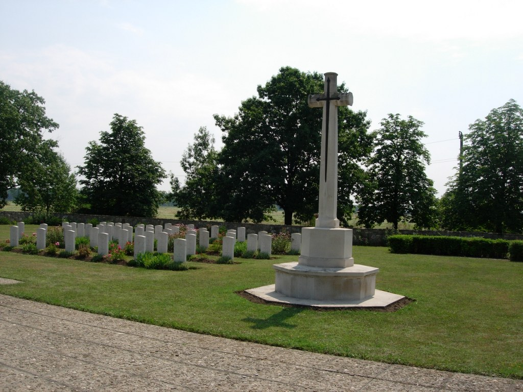 BUCHAREST WAR CEMETERY - CWGC