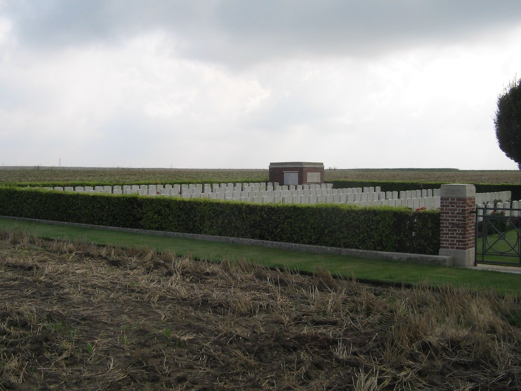 WAGGON ROAD CEMETERY, BEAUMONT-HAMEL - CWGC