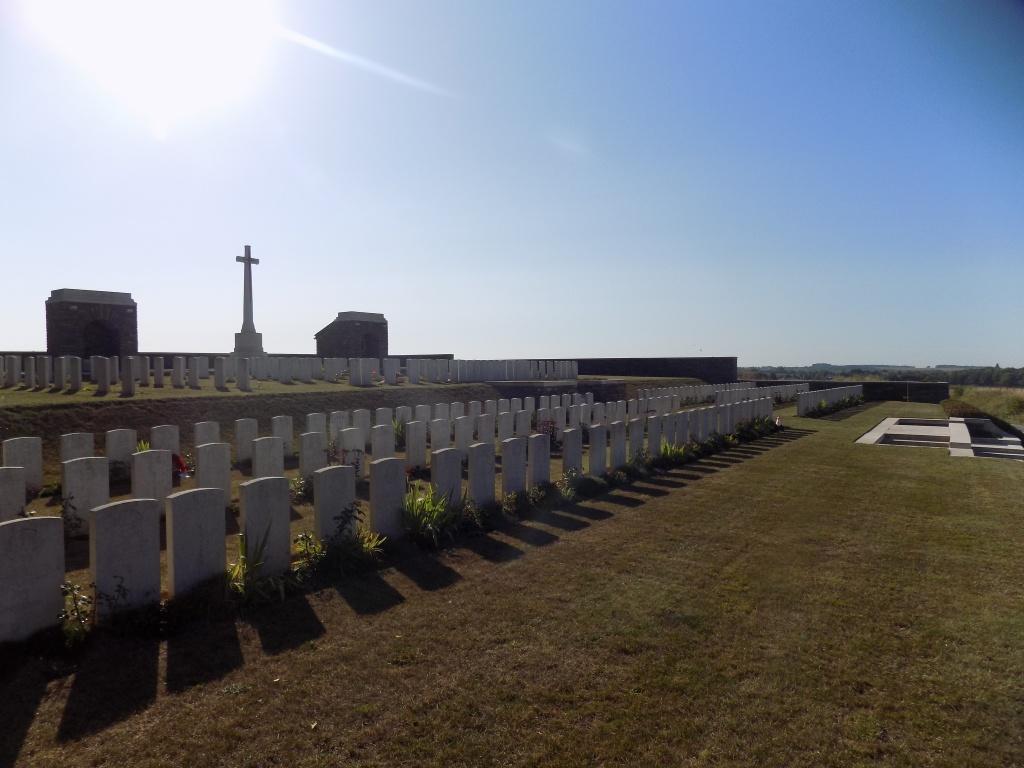 BRAY VALE BRITISH CEMETERY, BRAY-SUR-SOMME - CWGC