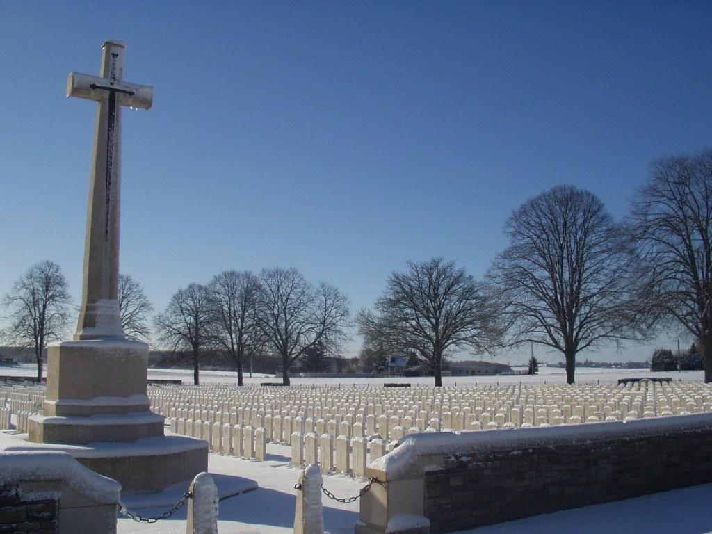 DELVILLE WOOD CEMETERY, LONGUEVAL - CWGC