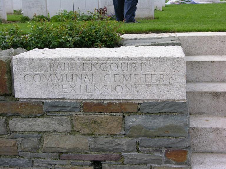 RAILLENCOURT COMMUNAL CEMETERY EXTENSION - CWGC
