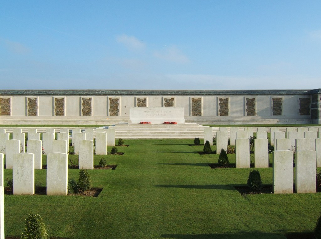 CATERPILLAR VALLEY CEMETERY, LONGUEVAL - CWGC