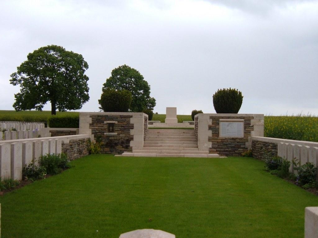 BEAULENCOURT BRITISH CEMETERY, LIGNY-THILLOY - CWGC