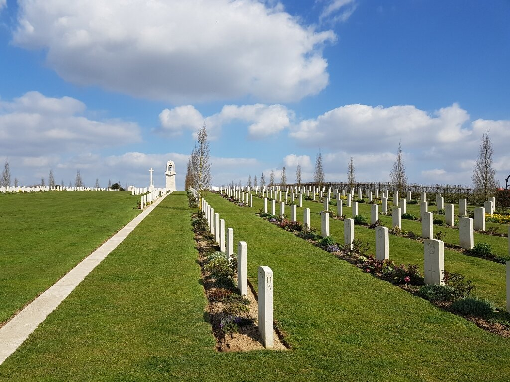 VILLERS-BRETONNEUX MILITARY CEMETERY - CWGC
