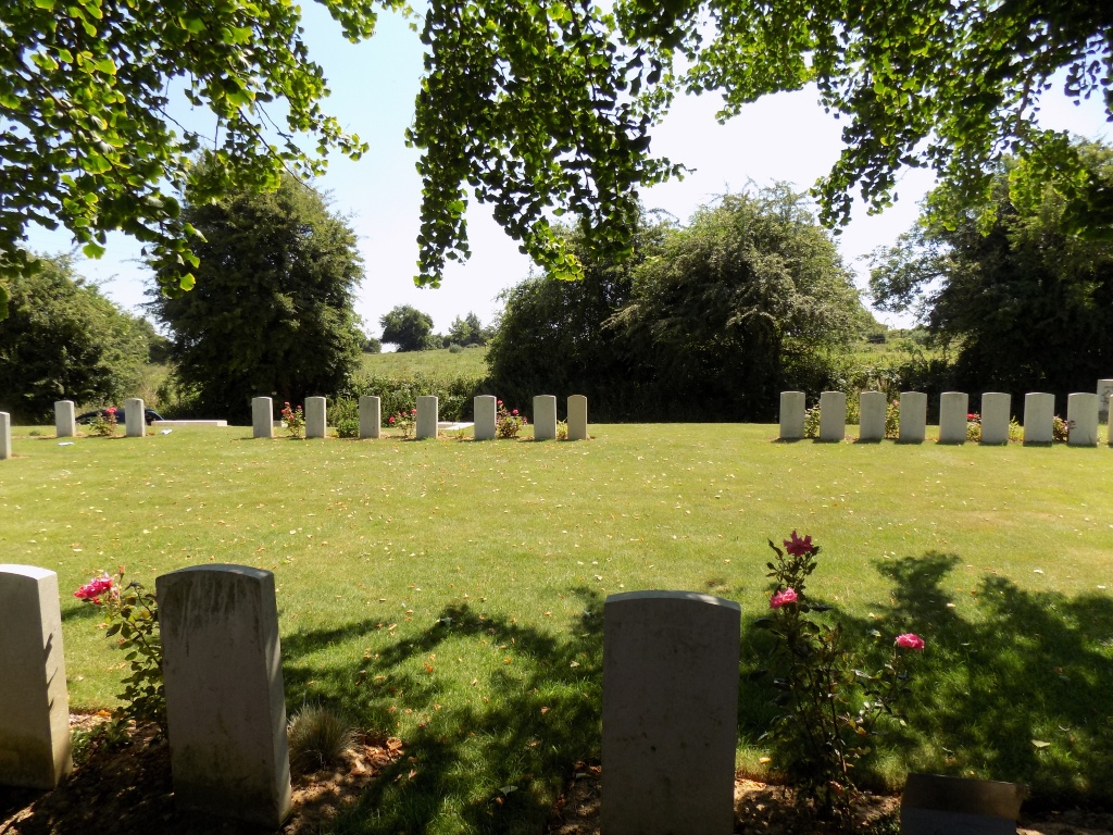AYETTE INDIAN AND CHINESE CEMETERY - CWGC