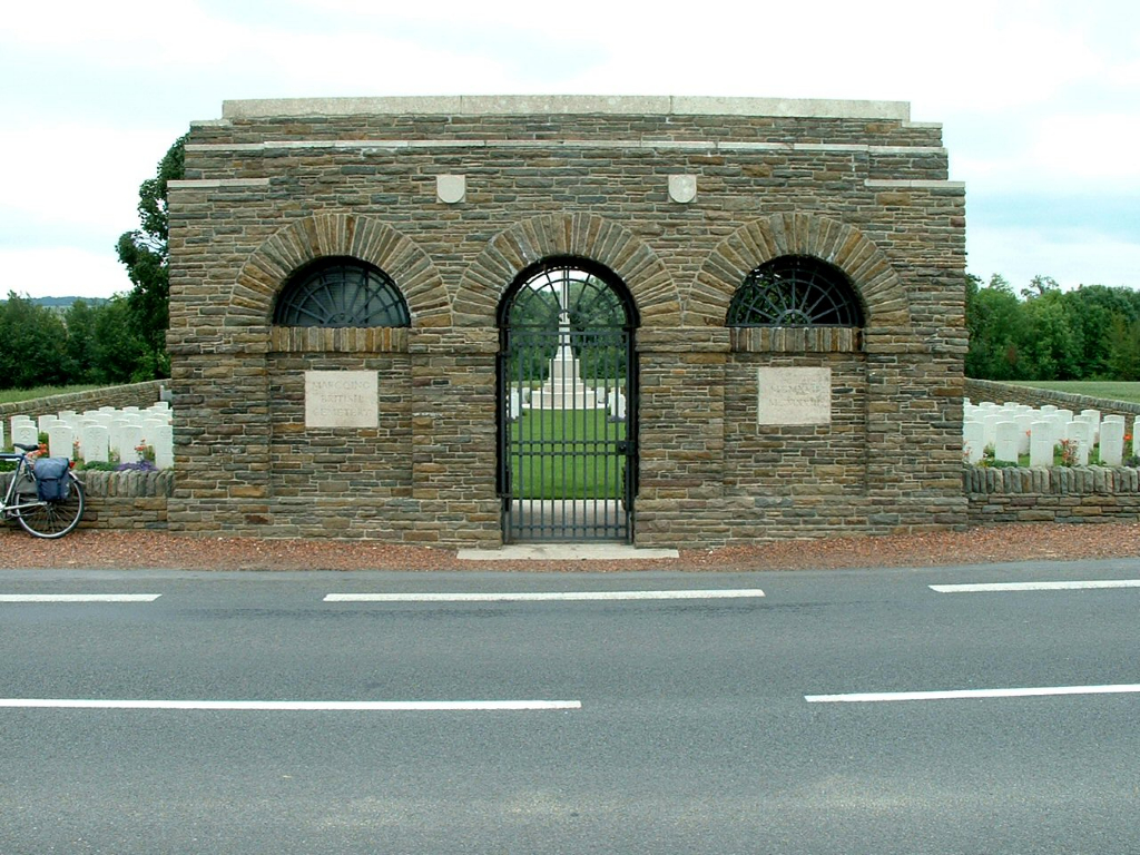 MARCOING BRITISH CEMETERY - CWGC