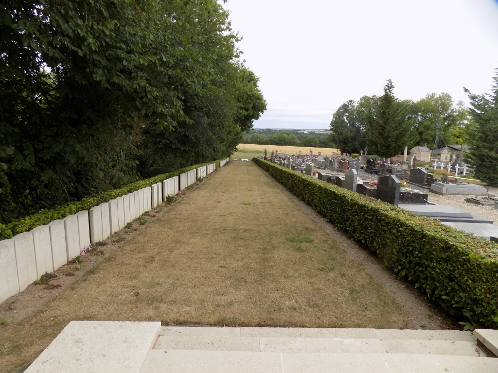 BOVES WEST COMMUNAL CEMETERY EXTENSION - CWGC
