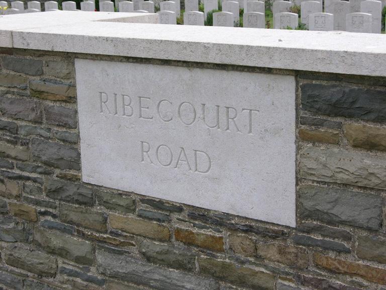 RIBECOURT ROAD CEMETERY, TRESCAULT - CWGC
